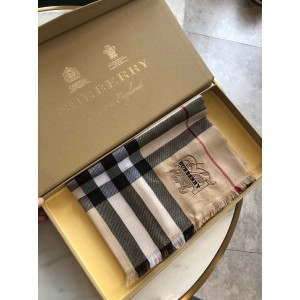 Burberry Scarf ASS080010 Updated in 2019.10.11
