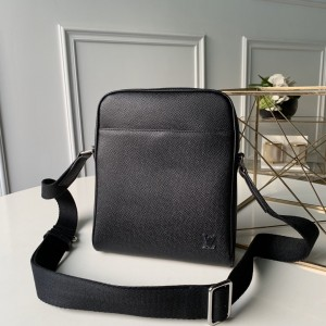 Louis Vuitton BB M30265 Messenger Bags LV04010011 Updated in 2020.08.27