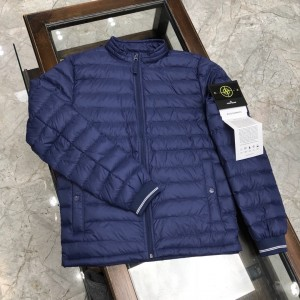 Stone Island Down Jacket MC330172 Upadated in 2020.11.04