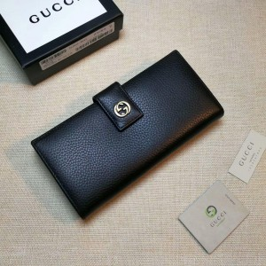 Gucci black leather wallet with golden metallic lock GC06BM059