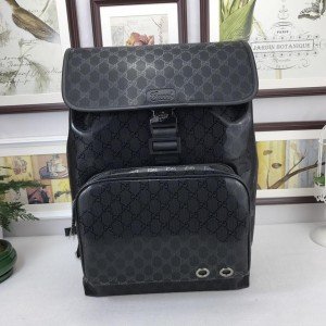 Gucci black back pack with gloss and Gucci straps GC06BM113