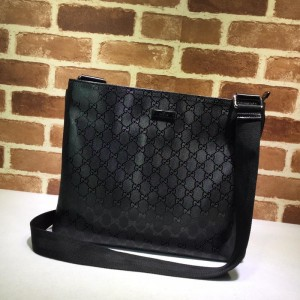 Gucci black flat sling bag with glossy finishing GC06BM152