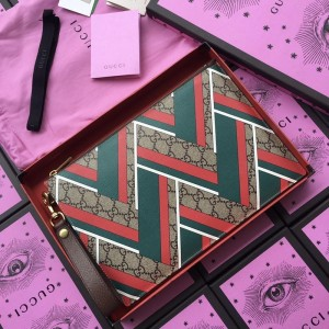 Gucci brown purse with red and green triangular decorations GC07WM048