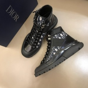 Dior Oblique Calfskin Mid Top Boots Black/Brown MS021046 Updated in 2019.10.21