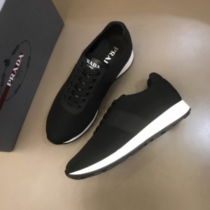 Prada Sneakers Black and black leather wet with white sole MS021118 Updated in 2019.10.21