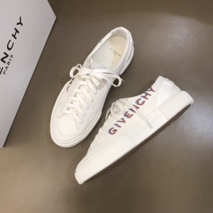 Givenchy sneakers White and Fuchsia print MS021139 Updated in 2019.11.28