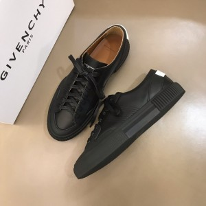 Givenchy sneakers black and black rubber sole with White heel MS021144 Updated in 2019.11.28