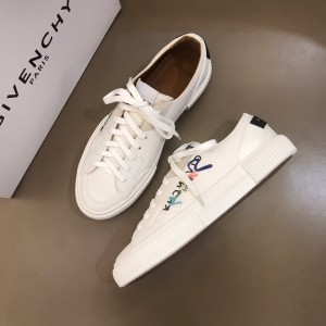 Givenchy sneakers White and Fuchsia printe with black heel MS021145 Updated in 2019.11.28