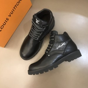 LV Oberkampf ankle boot combines black calf leather with LV's signature MS021211 Updated in 2019.11.28