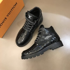 """LV Oberkampf Ankle Boot and signed with a cursive """"LV"""" embroidered MS021214 Updated in 2019.11.28"""
