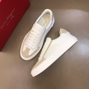 Salvatore Ferragamo Sneakers White and pink suede details  MS021324 Updated in 2019.11.28