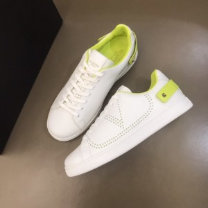 Valentino Sneakers White and VLOGO embroidery with green heel strap MS021338 Updated in 2019.11.28