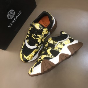 Versace Sneakers Black and brutal Barocco print with brown sole MS021340 Updated in 2019.11.28