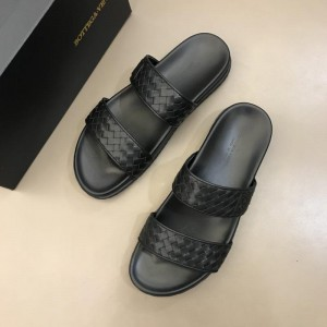 Bottega Veneta black Crisscross slides in woven leather MS02578 Updated in 2019.04.19