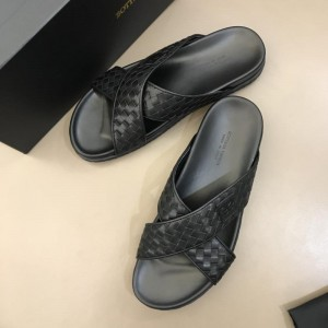 Bottega Veneta black Crisscross slides in woven leather MS02579 Updated in 2019.04.19