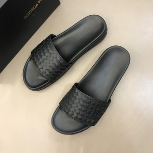 Bottega Veneta black Crisscross slides in woven leather MS02581 Updated in 2019.04.19