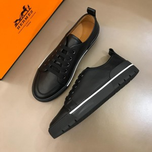 Hermes Sneakers Black and Black rubber sole with /Black tongue MS02731 Updated in 2019.04.19