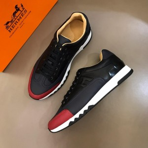 Hermes Sneakers Black and Two-tone sole with Navy blue tongue MS02734 Updated in 2019.04.19