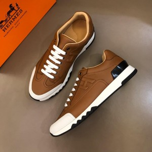Hermes Sneakers Brown and Two-tone sole with Brown tongue MS02735 Updated in 2019.04.19