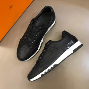 Hermes Sneakers Black and Two-tone sole with Black tongue MS02739 Updated in 2019.04.19