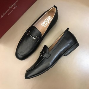 Salvatore Ferragamo Black leather Loafers With Sliver Buckle MS02986 Updated in 2019.04.19