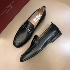 Salvatore Ferragamo Black leather Loafers With Sliver Buckle MS02987 Updated in 2019.04.19