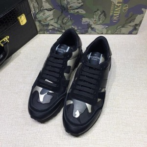 Valentino Sneakers Black and white camouflage details with black sole MS071435 Updated in 2019.04.27