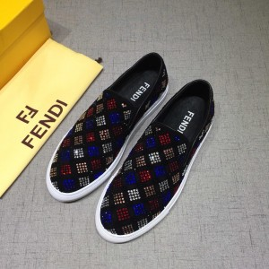 Fendi Sneakers Black and Two-tone crystal embellishment with White rubber sole MS07211 Updated in 2019.04.27
