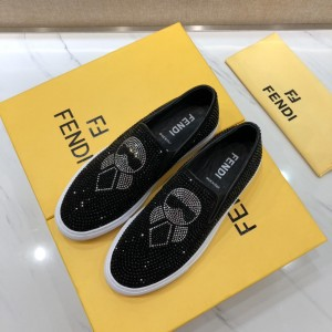 Fendi Sneakers Black and Two-tone crystal embellishment with White rubber sole MS07216 Updated in 2019.04.27