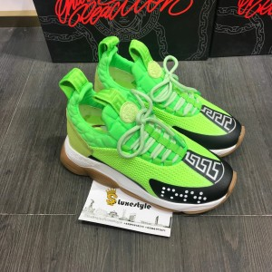 Versace Sneakers Green and black toe with brown rubber sole MS09314 Updated in 2019.09.25