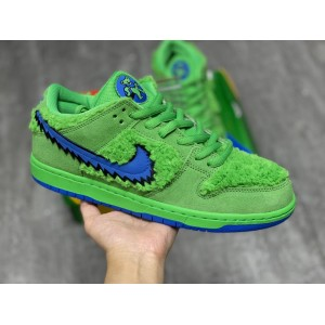 """Nike SB DUNK LOW PRO QS """"Three Bear Pack"""" Sneaker MS120002 Updated in 2020.08.28"""