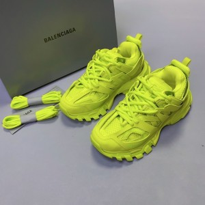 Balenciaga Tess s.Gomma MAILLE Sneaker MS120025 Updated in 2020.08.31