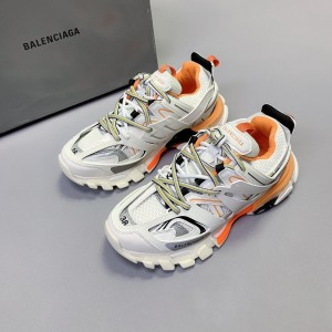 Balenciaga Tess s.Gomma MAILLE Sneaker MS120030 Updated in 2020.08.31