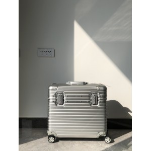 Rimowa Pilot Luggage RMW012 Updated in 2020.09.04
