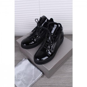 Giuseppe Zanotti Black Men Patent Leather High Top Sneakers